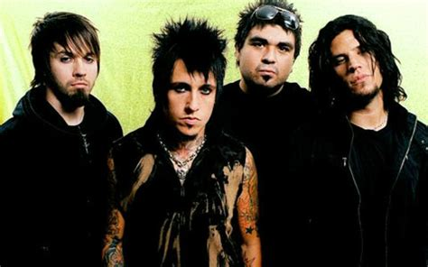 Papa Roach Biography, Discography, Music News on 100 XR