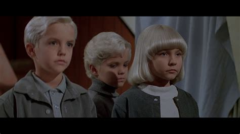 village of the damned (1995)- dr susan death - YouTube