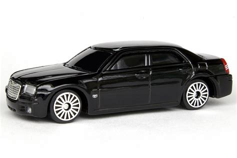 2005 Chrysler 300C Hemi (Fresh Metal) | Maisto Diecast