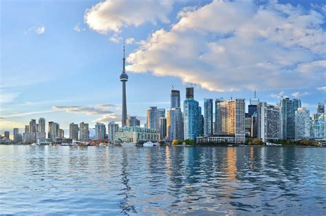 Toronto Holidays | Compare Deals for 2020/21 with