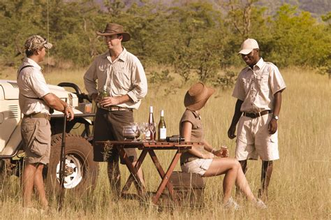 What to wear on Safari in East Africa - Clothing - Hat - Shoes