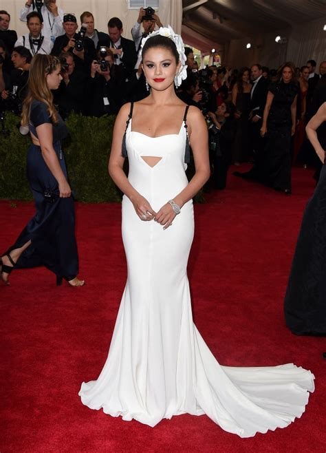 Selena Gomez Photos - Met Gala 2015 - Arrivals - 2758 of